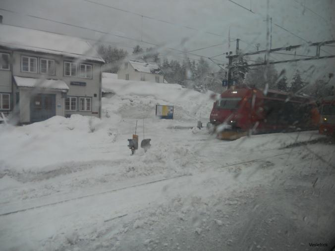 Regn snø tog